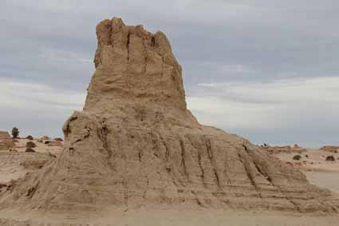 Skurrile Sandformation im Mungo-Nationalpark